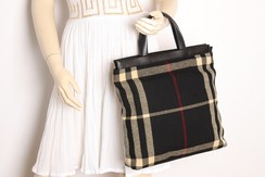 690c1996083b6 Burberry Handtasche Shopper Check Schwarz Wolle   Leder